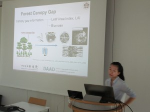 Kuei-Chia Chen introducing her work on forest structure parameters derived from 3D point clouds