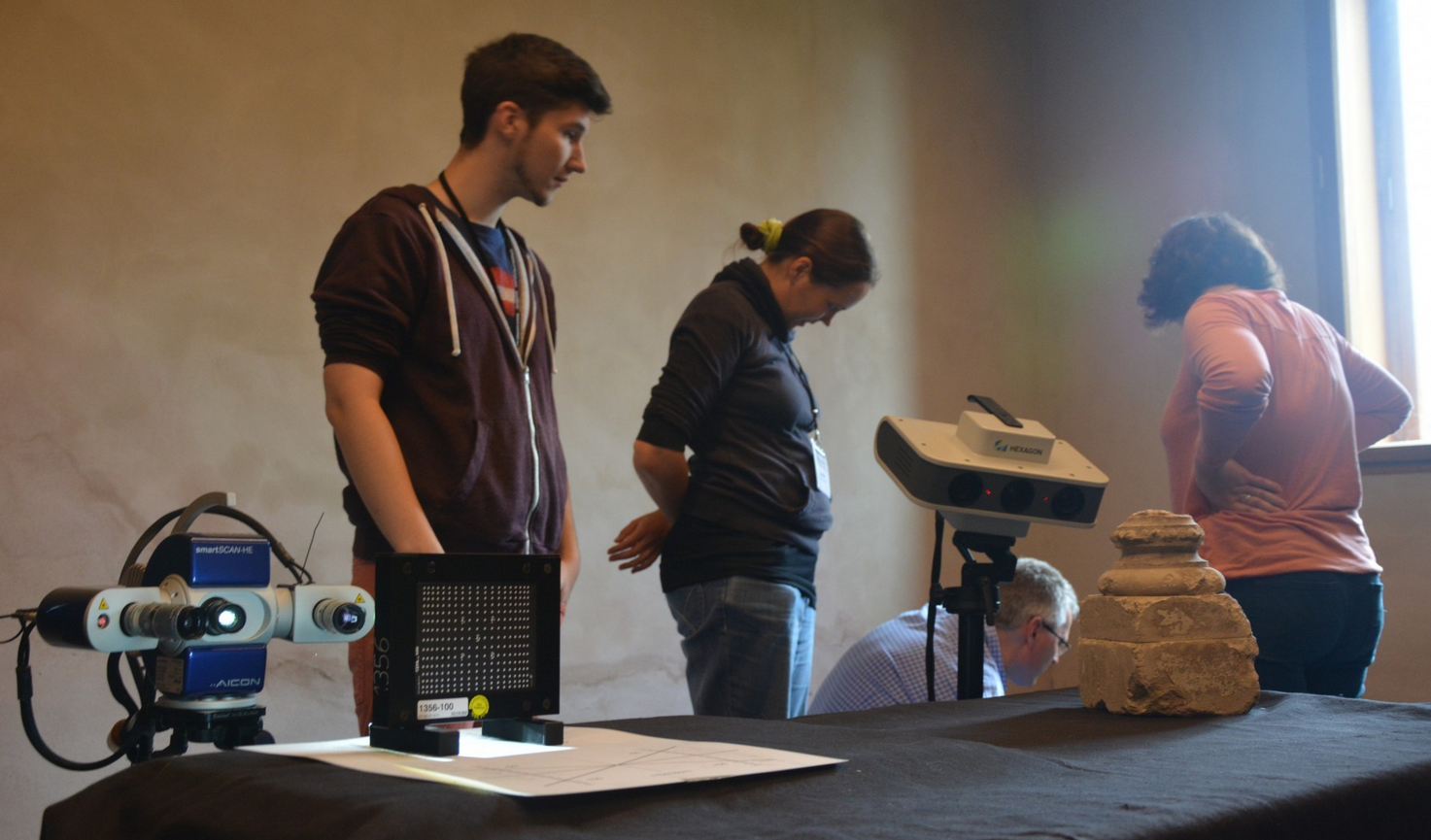 Structured light scanning of archaeological artefacts.